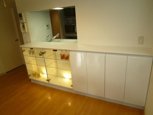 キッチンカウンター背面収納