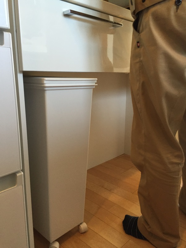 オーダー食器棚ダストボックス