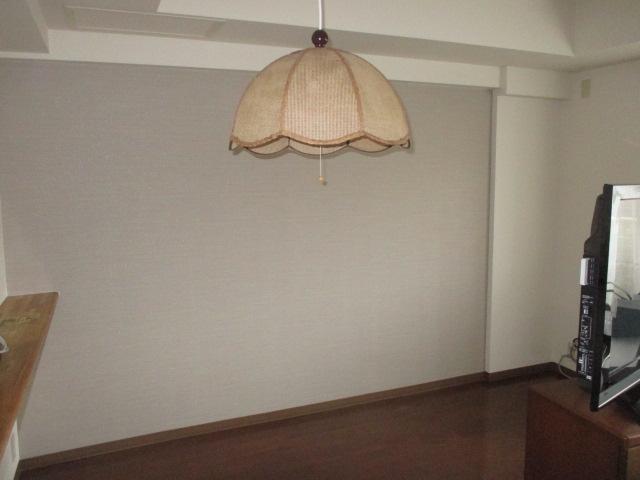 壁面収納設置前