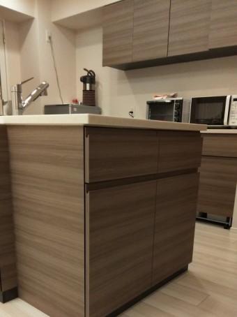 キッチンサイド収納棚