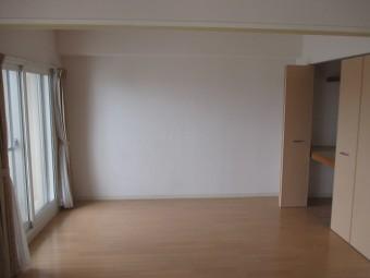 壁面収納設置