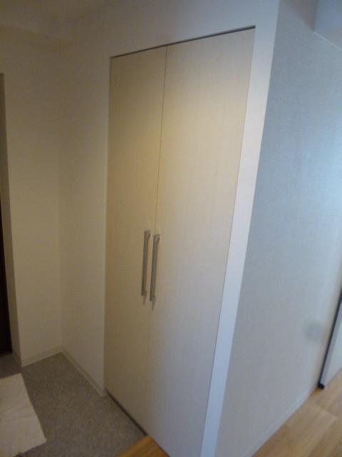 5施工後玄関収納