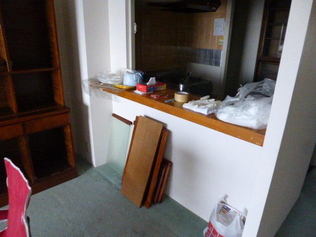 2施工中キッチンリビング側