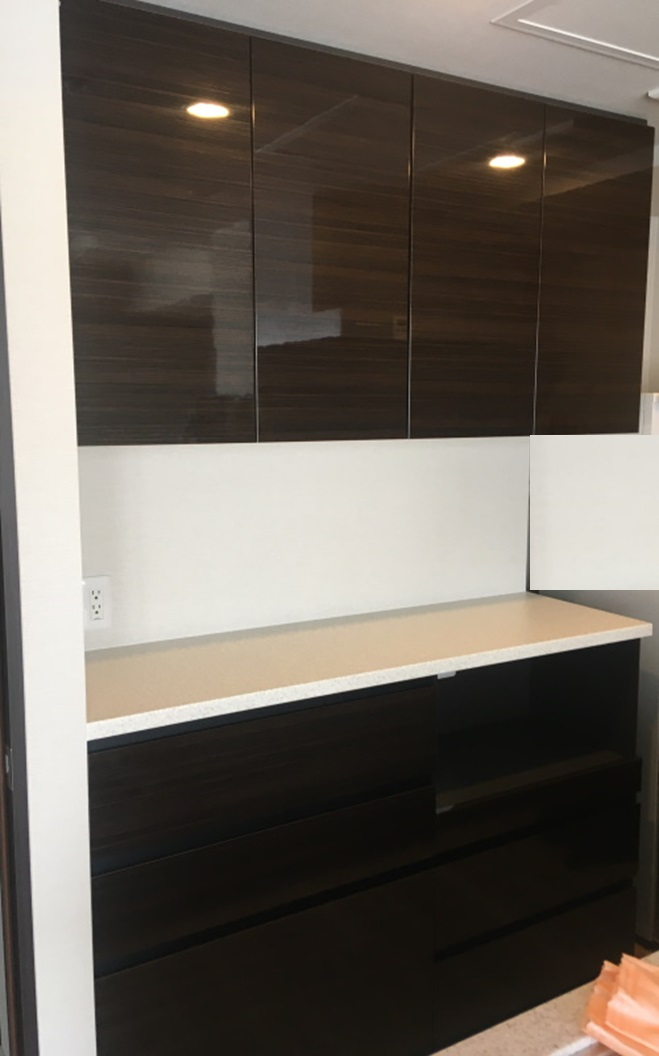 加工済み食器棚2