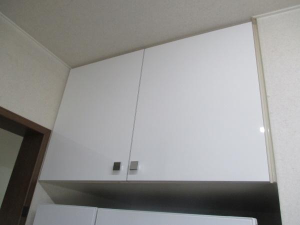 4施工後冷蔵庫上吊戸2