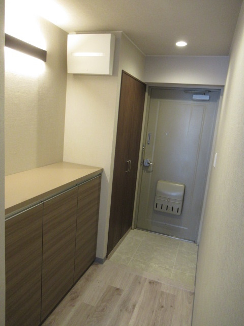 3施工後玄関2